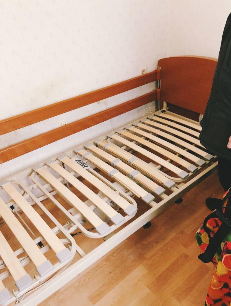 Медичне ліжко для Анюти